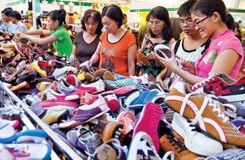 Dịch vụ chuyển giày dép từ Trung Quốc về Việt Nam nhanh nhất