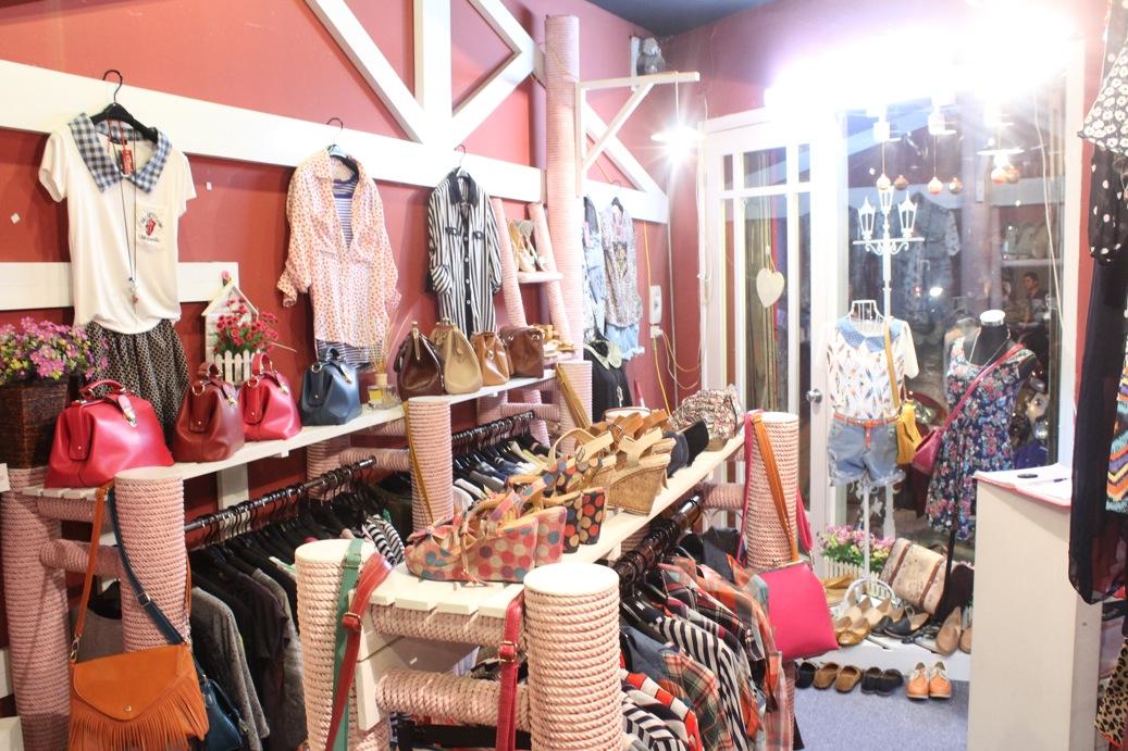 Dịch vụ lấy sỉ lẻ hàng quần áo Quảng Châu uy tín từ Davitrans
