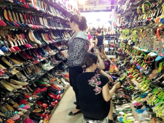 Những lưu ý khi chọn nguồn hàng giày dép ở Quảng Châu